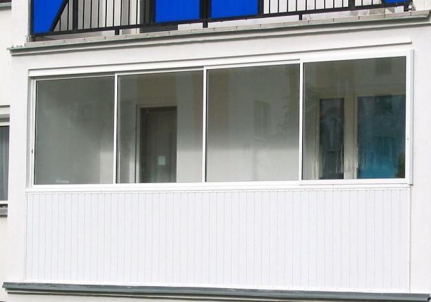 Balkonų stiklinimas Šiauliai